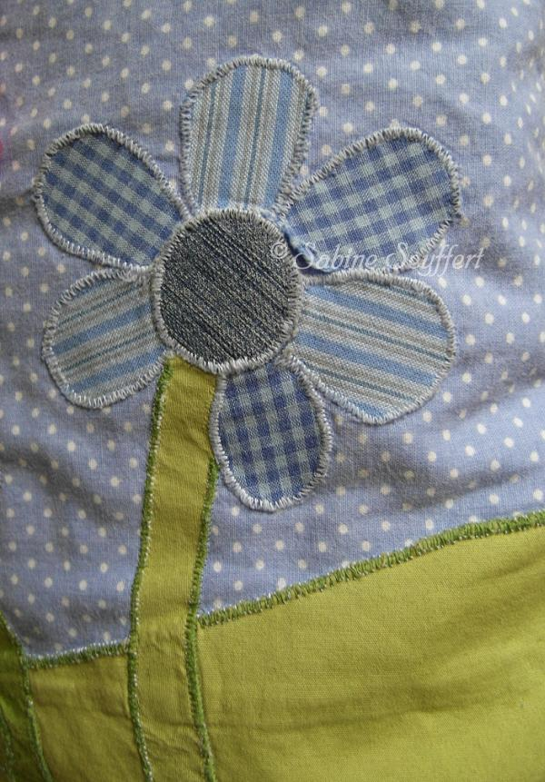 Kissen Ausschnitt hochkant Blume