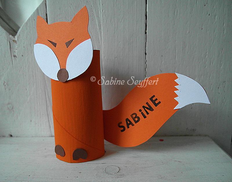 Basteln Mit Toilettenpapierrollen kleiner fuchs wo sitzt du tischkarten upcycling sabine