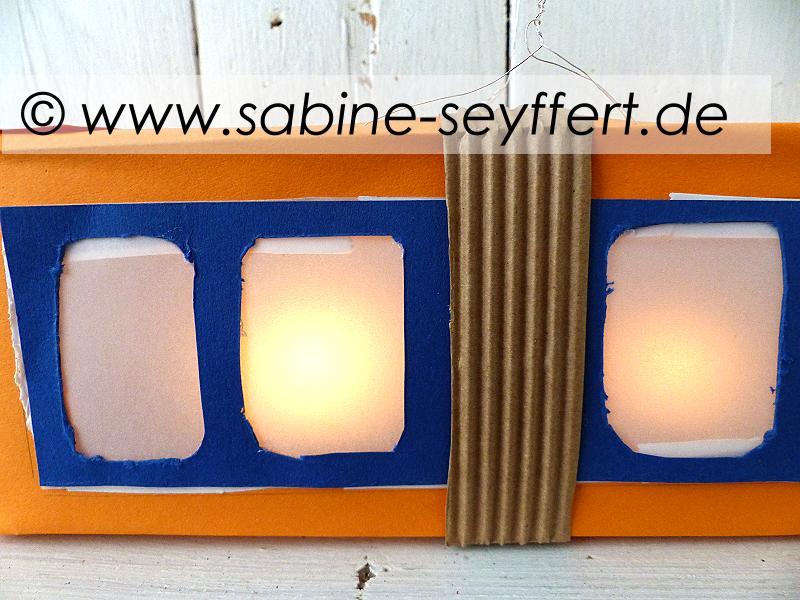 laterne-schwebebahn-3