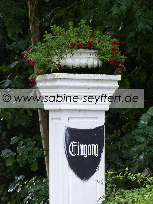 Auflug Schloss Thurn Eingang