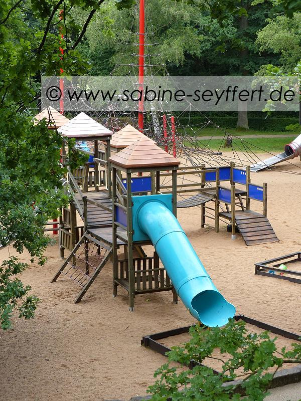 Auflug Schloss Thurn Spielplatz 2
