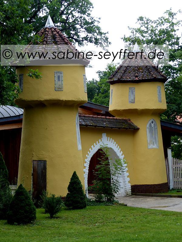 Auflug Schloss Thurn Tor am Eingang