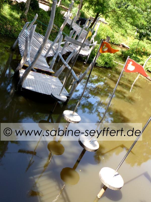 Auflug Schloss Thurn Wasser Parcour Pirat