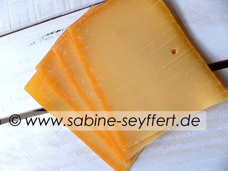 Blätterteigschnecken Käse 8