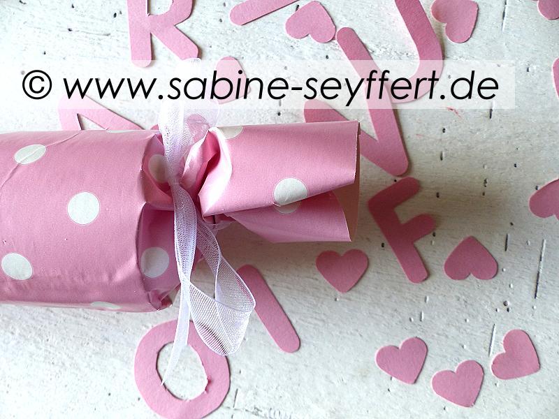 gutschein-rolle-rosa-4