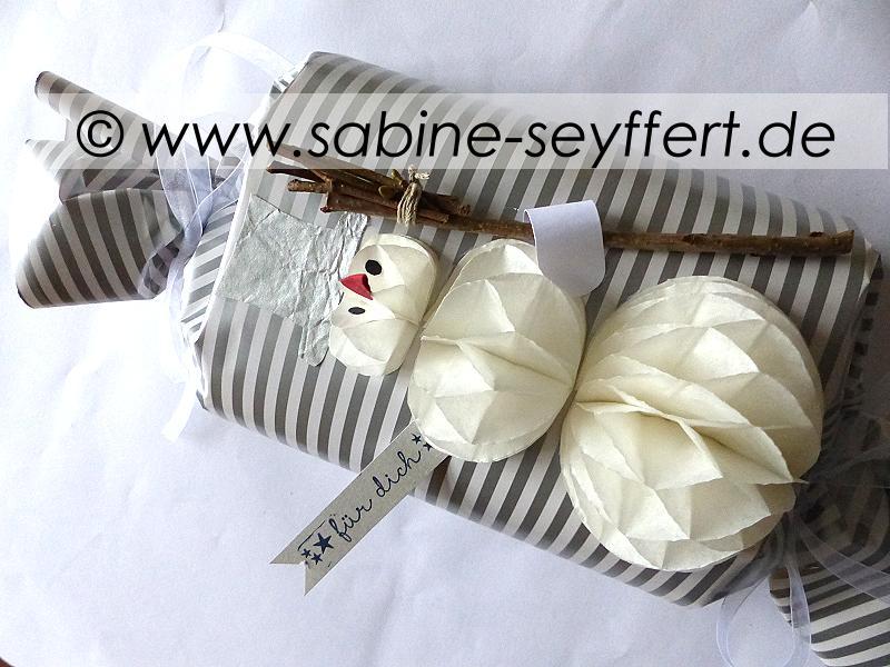 geschenk-schneemann-wabenp-1
