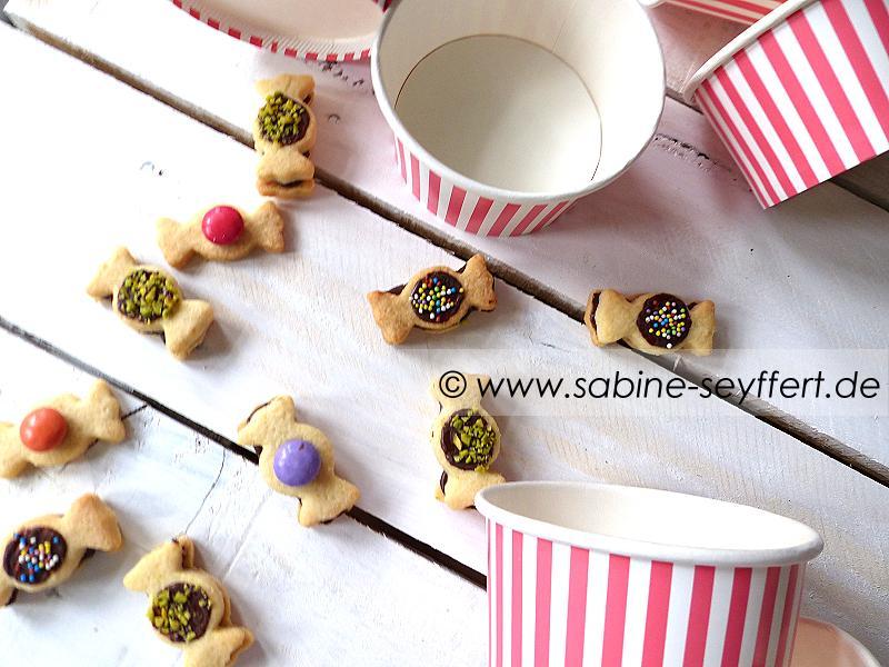 Geschenke aus der Küche: Backen mit Kindern – Bunte Bonbon Kekse zum ...