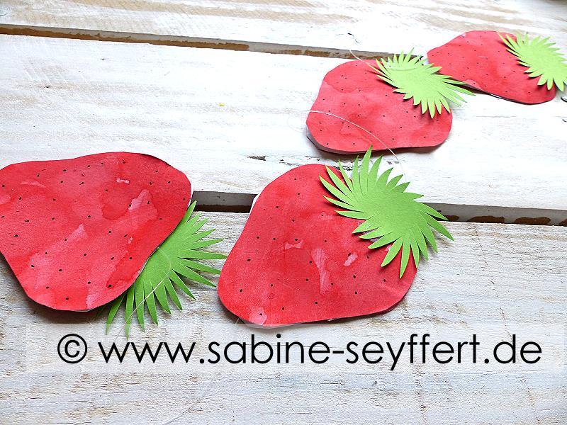 Bastelidee Diy Fur Kinder Wir Basteln Erdbeeren Als Deko Girlande