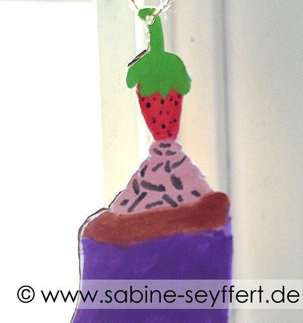 Heute zum letzten Schultag gibt es ein ses Erdbeertrtchen Selbsthellip