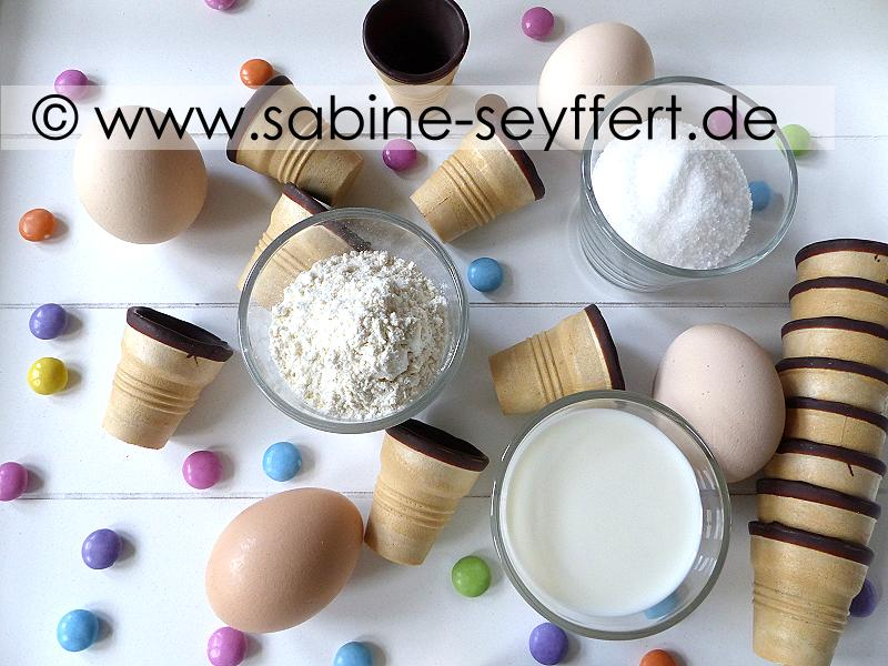 Rezept Fur Bunte Mini Muffins Im Waffelbecher Fur Karneval Oder