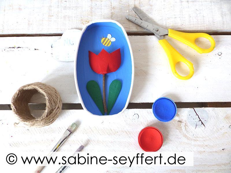 Diy Bastelidee Für Kinder Upcycling Tulpe Aus Eierkarton Käseschachtel Blog Sabine Seyffert